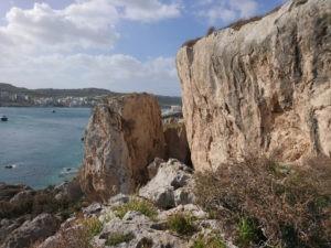Das Gebiet Irdum Irxaw zum Klettern liegt direkt am Meer mit toller Aussicht.
