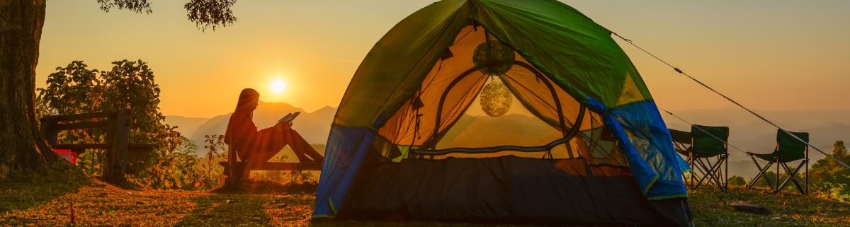 Campingausrüstung Zelten
