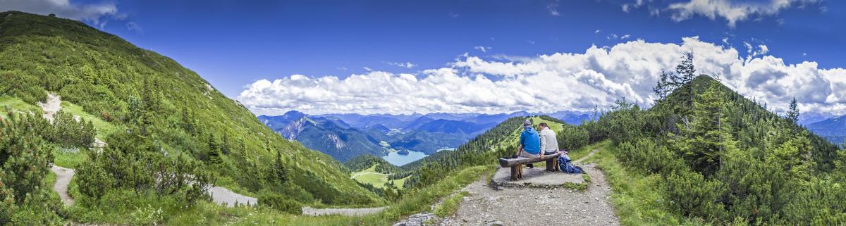 Wandern in Deutschland auf Berg