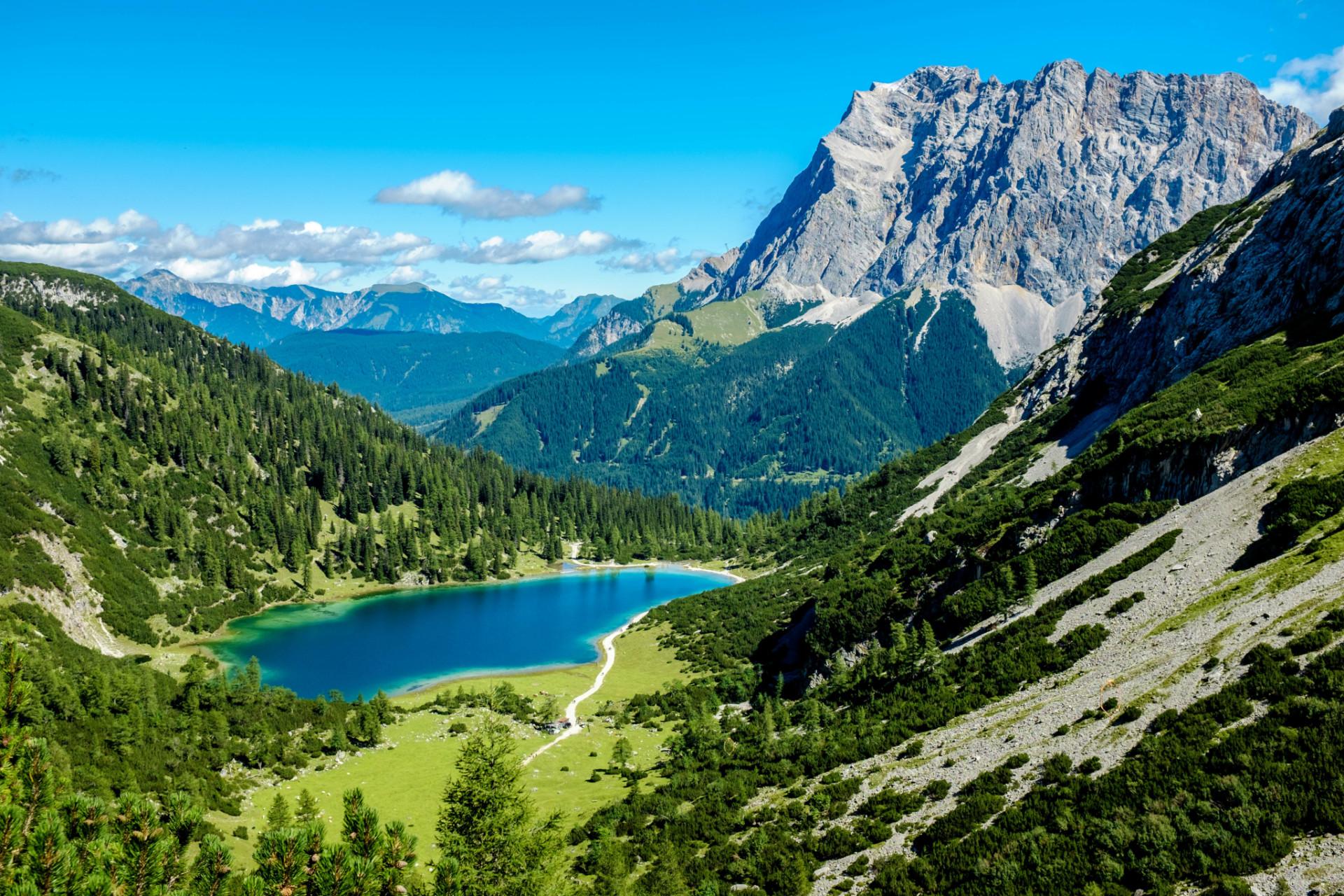 Wandern Zugspitze am Seebensee