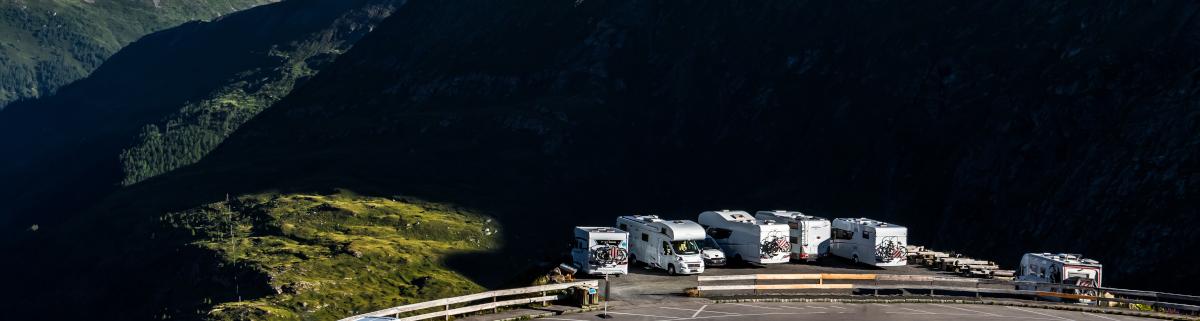 Camping in Österreich am Straßenrand