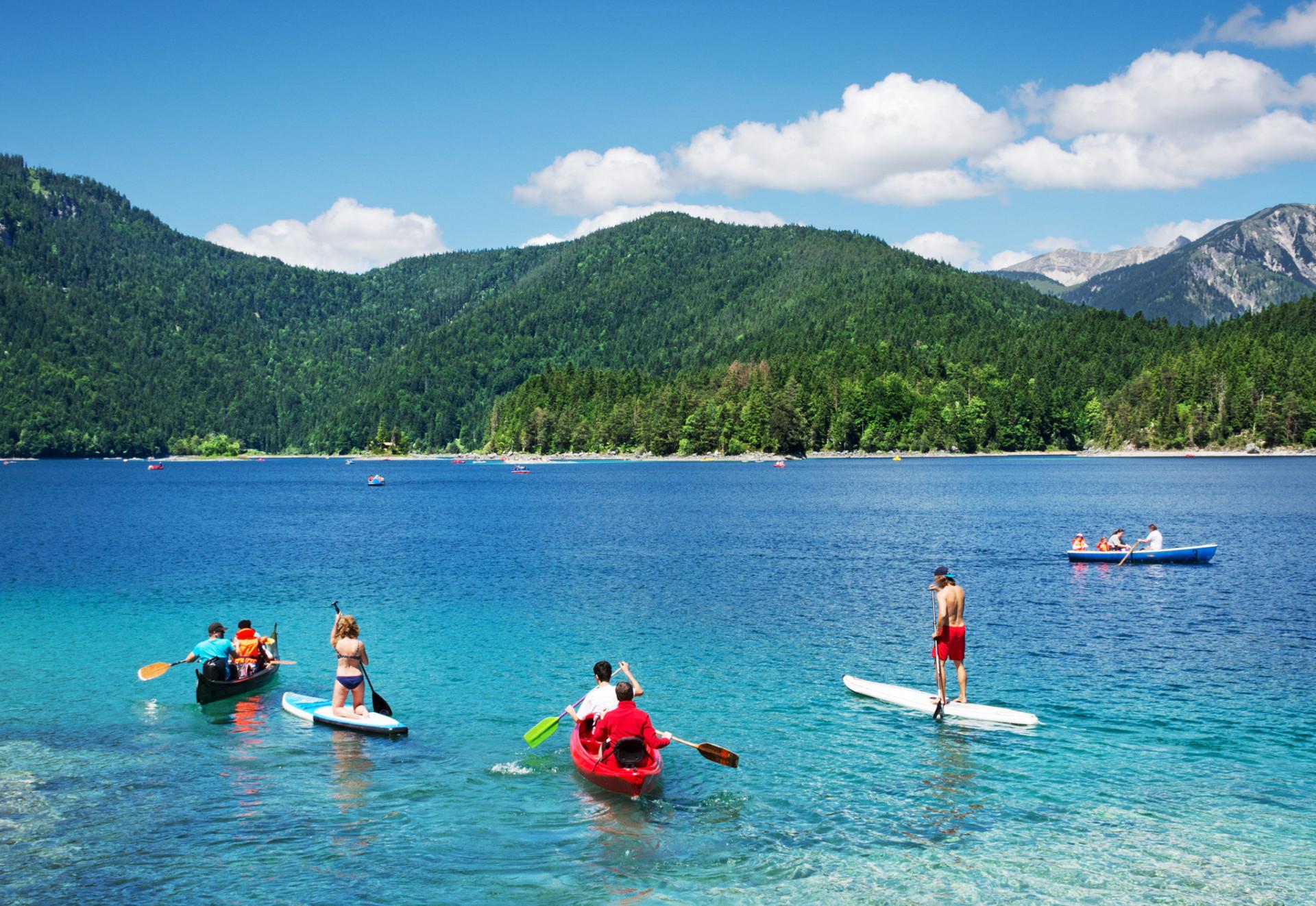 Aktivitäten beim Camping am See