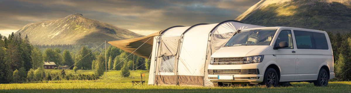 Camper beim Camping in Schweden